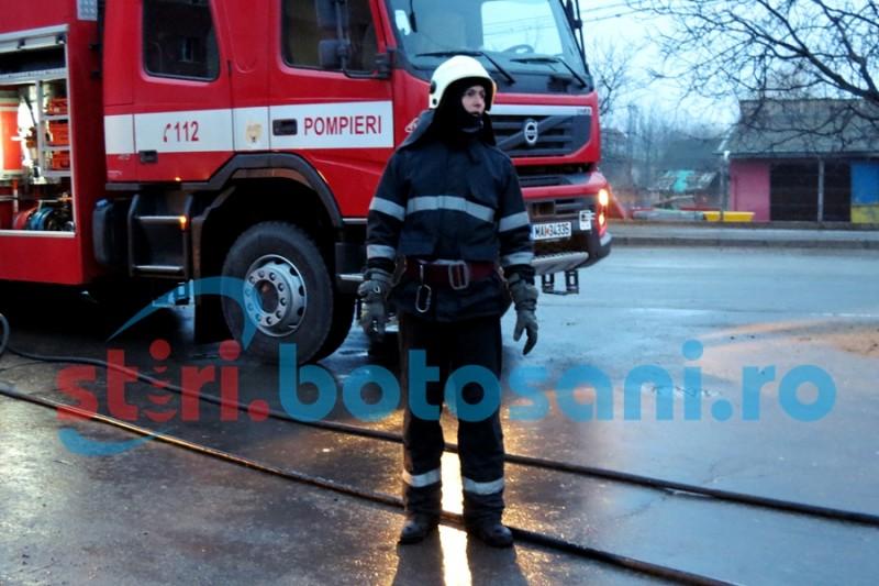Locuinţa unei bătrâne, distrusă parţial într-un incendiu generat de un coş de fum deteriorat!
