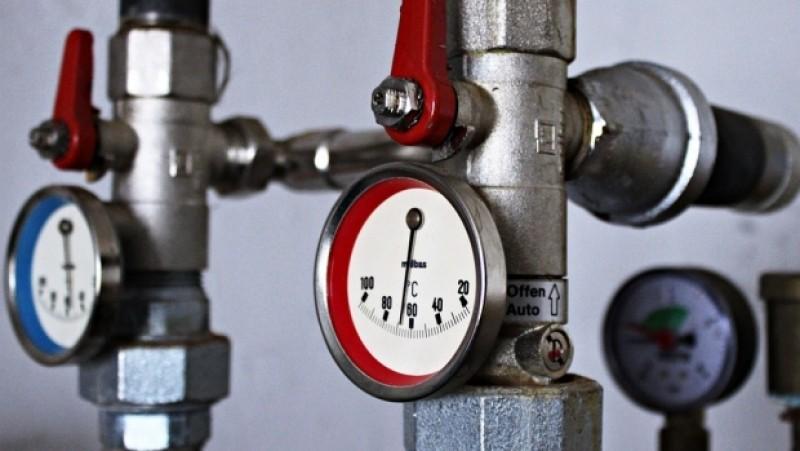 Locuitorii de la bloc branşati la sistemul centralizat vor primi căldură mai repede