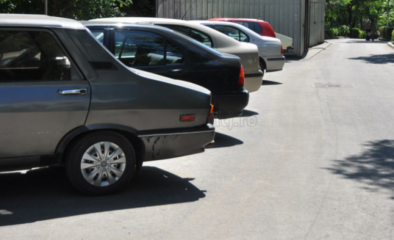 Locuri nou create de parcare, scoase la licitaţie. Vezi în ce cartiere!