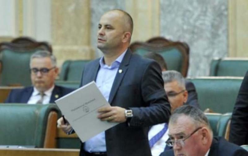 """Lucian Trufin, senator PSD: """"USR și PNL vor să dea la liber achiziția de teren agricol"""""""