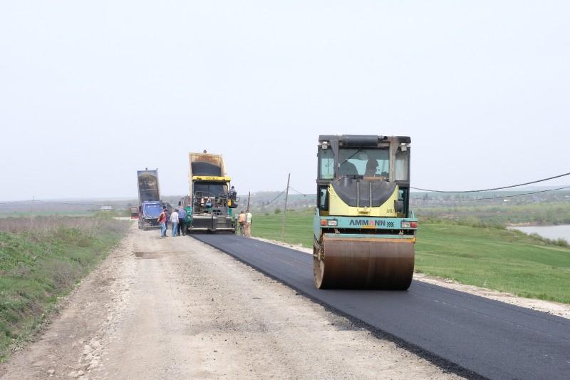 Lucrări pe un drum național din Botoșani