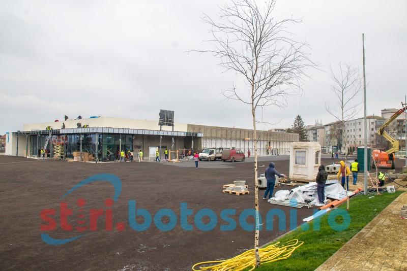 Lucrările la cel mai nou centru comercial din Botoșani se apropie de final