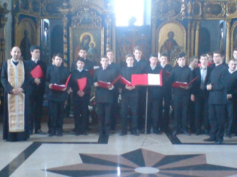 Lumina pentru Dorinel: Concert caritabil la Biserica Vovidenia FOTO