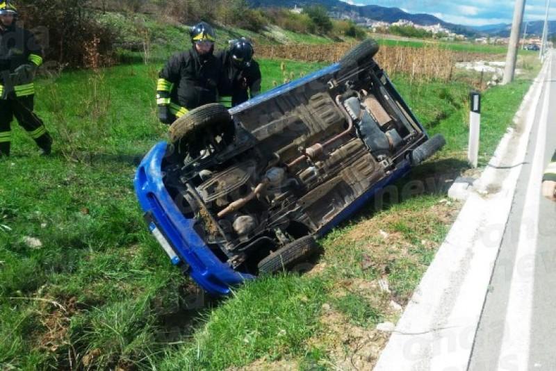 Lunea neagră a româncelor în Italia: Șoferițele s-au dat peste cap cu mașina! FOTO