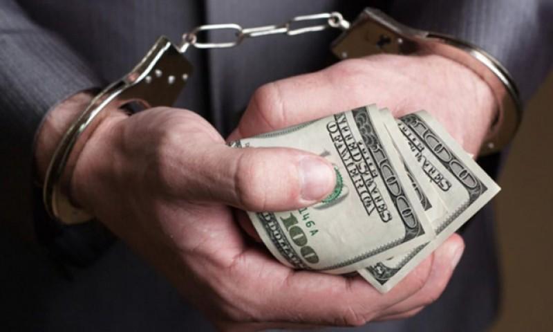 Măcar atât: condamnații definitiv pentru corupție rămân fără pensiile speciale