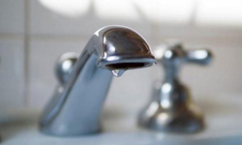 Mai multe cartiere din Botoșani rămân fără apă, din cauza unei avarii!