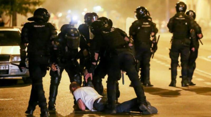 Mai țineți minte sălbăticia cu care erau bătuți protestatarii pe 10 august? Măcelul din 10 august duce la vârful PSD!