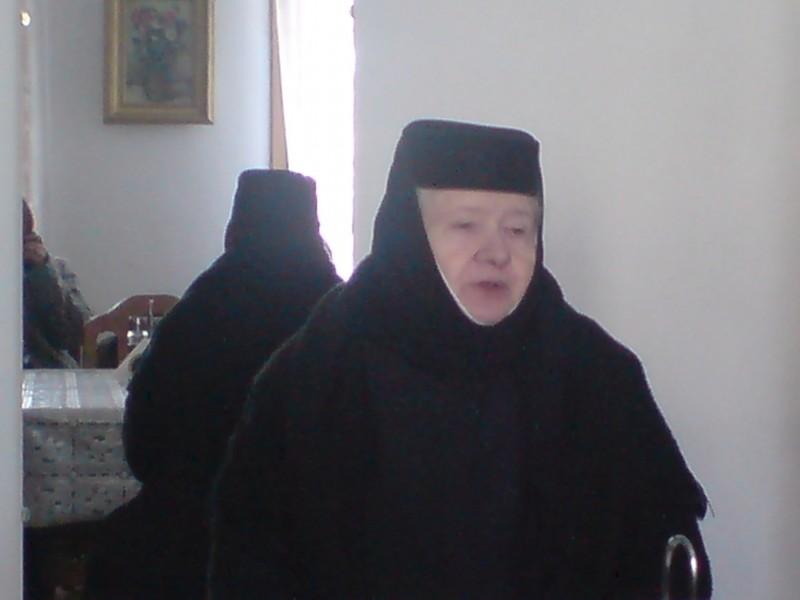 MAICA TEOFANA SCANTEI - 40 de ani de veghe la Manastirea Voronei!