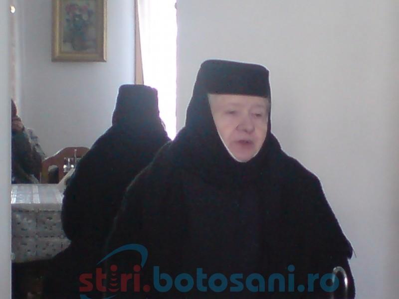 VIDEO, FOTO Maica Teofana Scântei, stareța Mănăstirii Vorona: Chiar dacă mulți spun că Botoșaniul este un județ sărac, și cumva disprețuit, Botoșaniul este cel mai bogat județ...