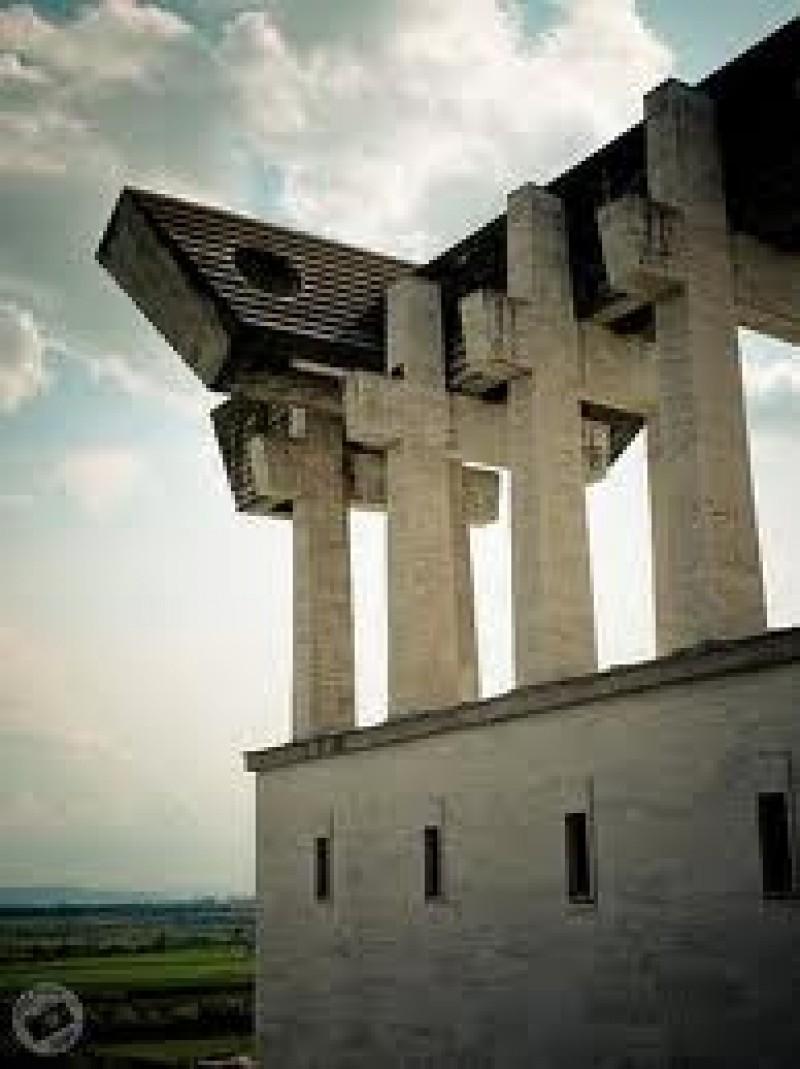 Manastirea Diaconesti - Colind pentru detinuti (Aiud) VIDEO