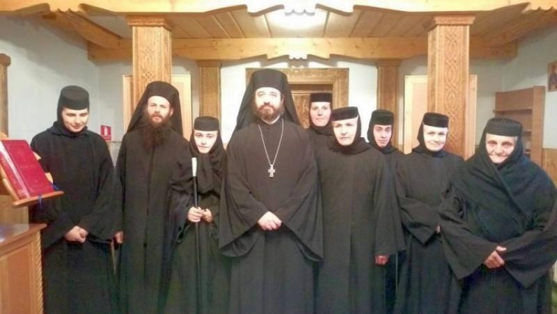 """Mănăstirea """"Înălţarea Sfintei Cruci""""Lebăda are o nouă stareţă!"""