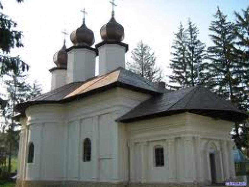 Mănăstirea Vorona îşi serbează mâine hramul