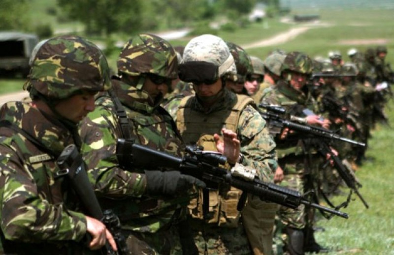 MApN: Sumele alocate rezerviștilor militari au fost majorate cu până la 30%. Rezerviștii pot pleca de acum și în străinătate fără să mai anunțe