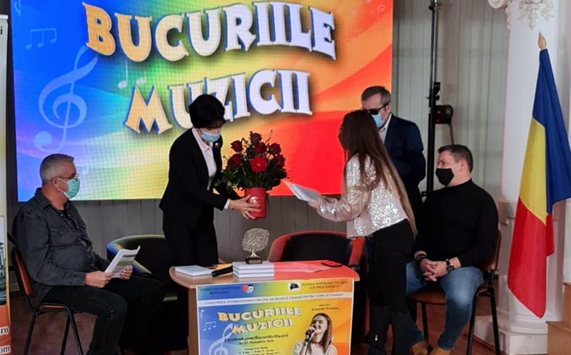 """Marele trofeu al Festivalului internațional """"Bucuriile muzicii – Ritmurile Nordului"""" desfășurat la Botoșani a fost câștigat de Karina Cibotariu"""