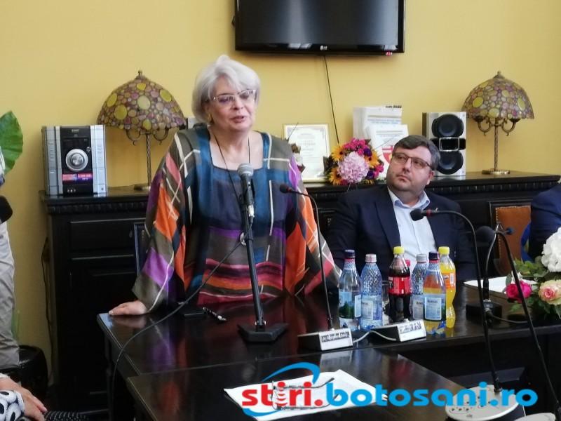 """Margareta Nistor: """"Visul meu e să merg cu tramvaiul din Botoșani"""""""