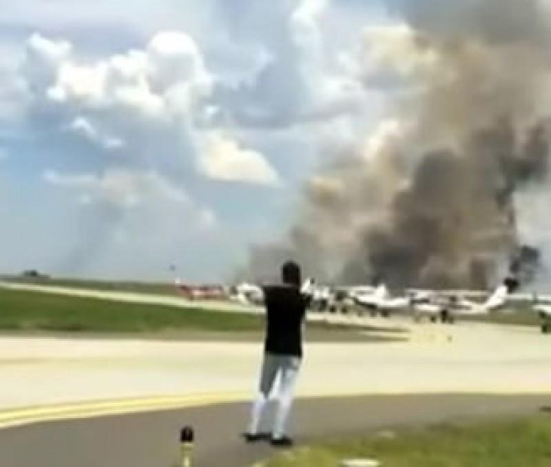 Martor al prăbușirii MIG-ului: Pilotul e un erou! Dacă se catapulta, avionul își continua drumul spre public! FOTO, VIDEO