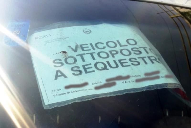 """Mărturia unui șofer român la Roma: """"Mi-au pus sechestru pe mașină din prima zi. Am plătit pe loc amendă de 600 de euro"""""""