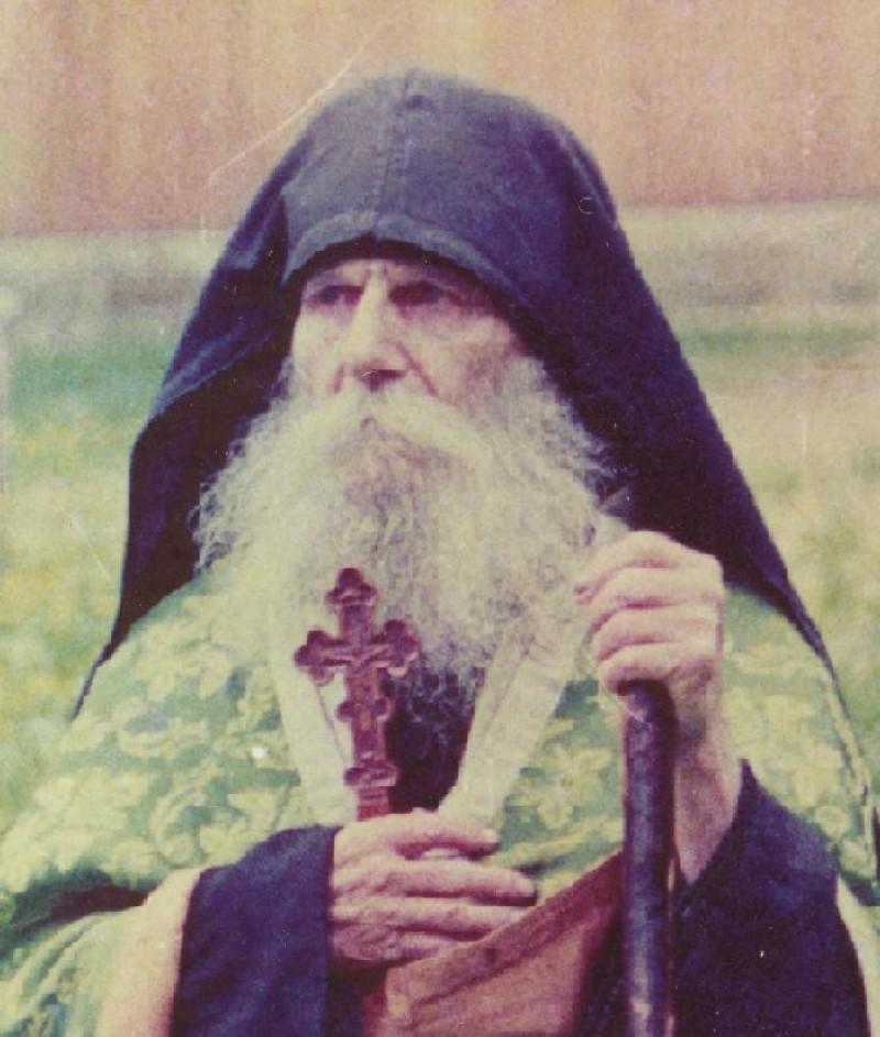 Mărturii mişcătoare despre unul dintre marii duhovnici ai României, născut în judeţul Botoşani!
