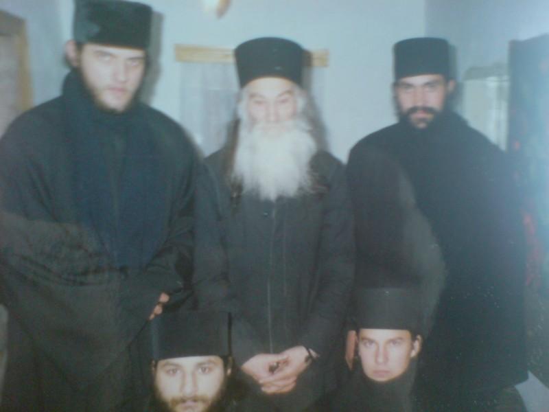 MĂRTURISIRI: Despre Părintele IUSTIN PÂRVU, cu Ieromonahul Siluan Antoci, de la Mănăstirea Agafton