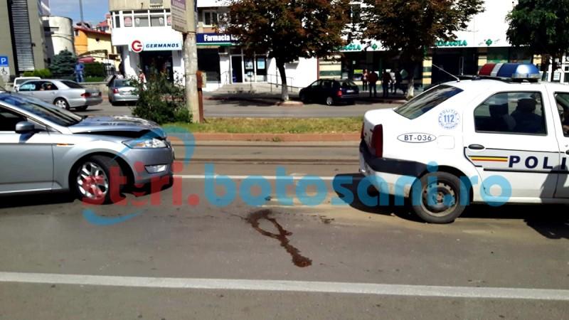 "Masina de Politie avariata de un sofer ""italian""! FOTO"