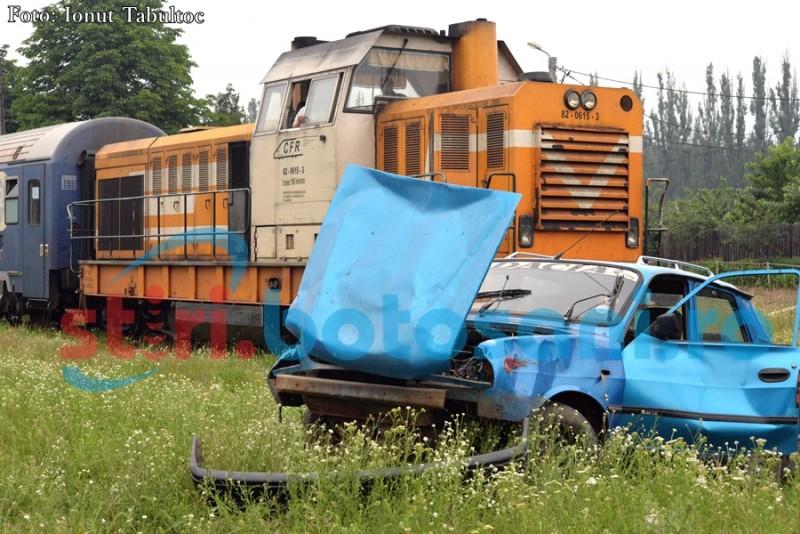 Maşină lovită de tren la Dorohoi!
