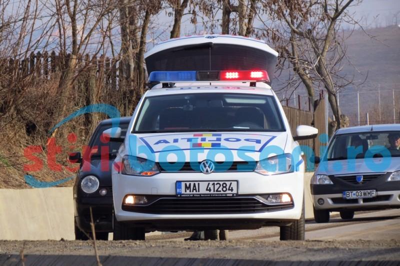 Mașini avariate de un șofer beat, la Curteșți!