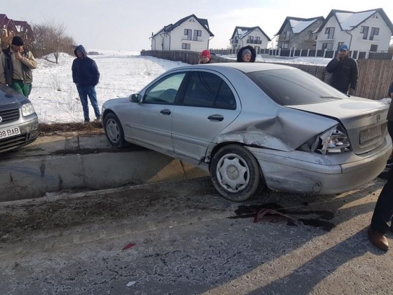 Maşini avariate după un accident petrecut în localitatea Mănăstirea Doamnei-FOTO
