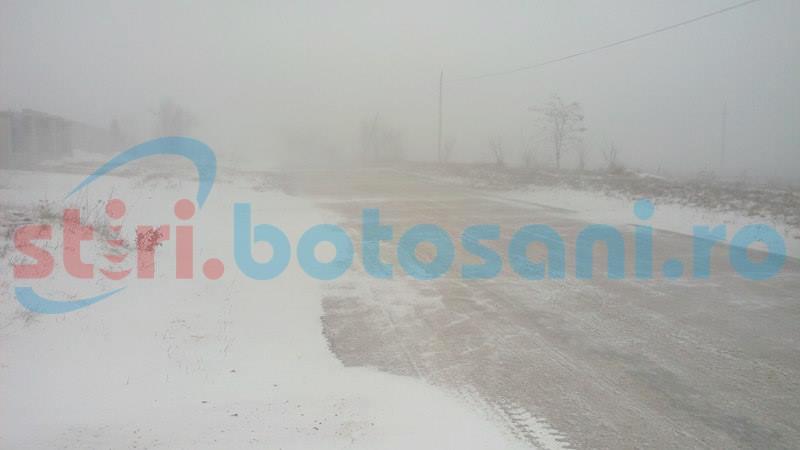 Mașini înzăpezite pe drumurile din județul Botoșani!