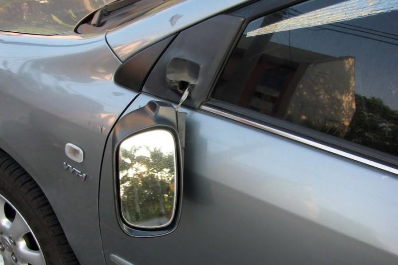 Mașini vandalizate în toiul nopții pe o stradă din Botoșani!