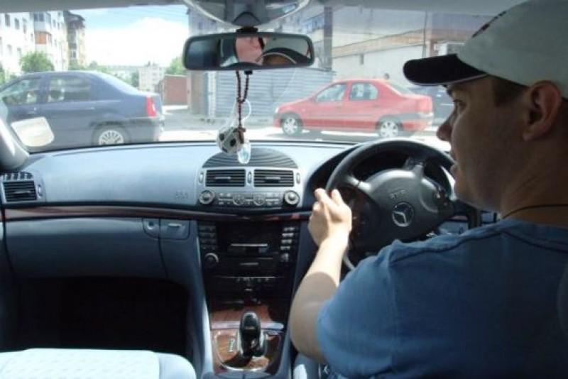 Mașinile cu volan pe dreapta ar putea fi interzise în România!