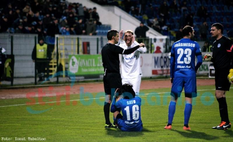 Meci cu PATRU cartonase rosii! Miron si Golofca au fost eliminati de la Botosani, iar doi ieseni au cersit cartonasele rosii! GALERIE FOTO