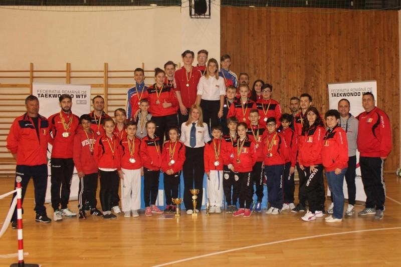 Medalii pentru sportivii botoşăneni la un campionat naţional! FOTO
