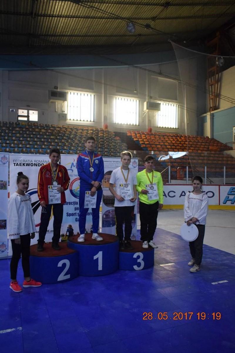 Medalii pentru sportivii de la C.S. Real Taekwondo Team Botoșani, la Galați! FOTO