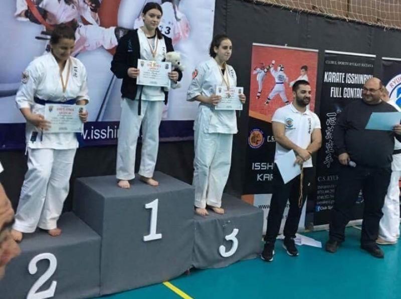 Medalii pentru sportivii de la Kokoro, la Campionatului National de Karate Isshinryu - FOTO