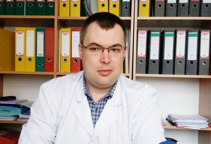 Medic internist trimis în ajutorul bolnavilor de la Secția Săveni