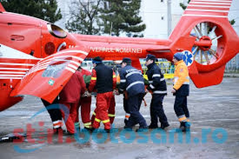 Medicii botoşăneni au solicitat un elicopter SMURD pentru o femeie în stare gravă