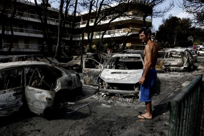 Meleșcanu: Nu există români afectați de incendiile din Grecia