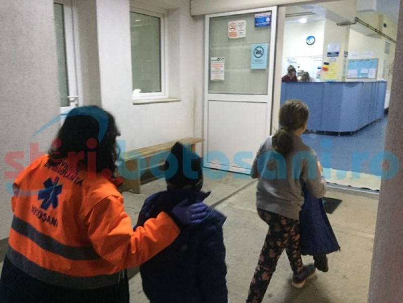 Membrii unei familii au ajuns la spital după ce au mâncat ciuperci otrăvitoare! FOTO