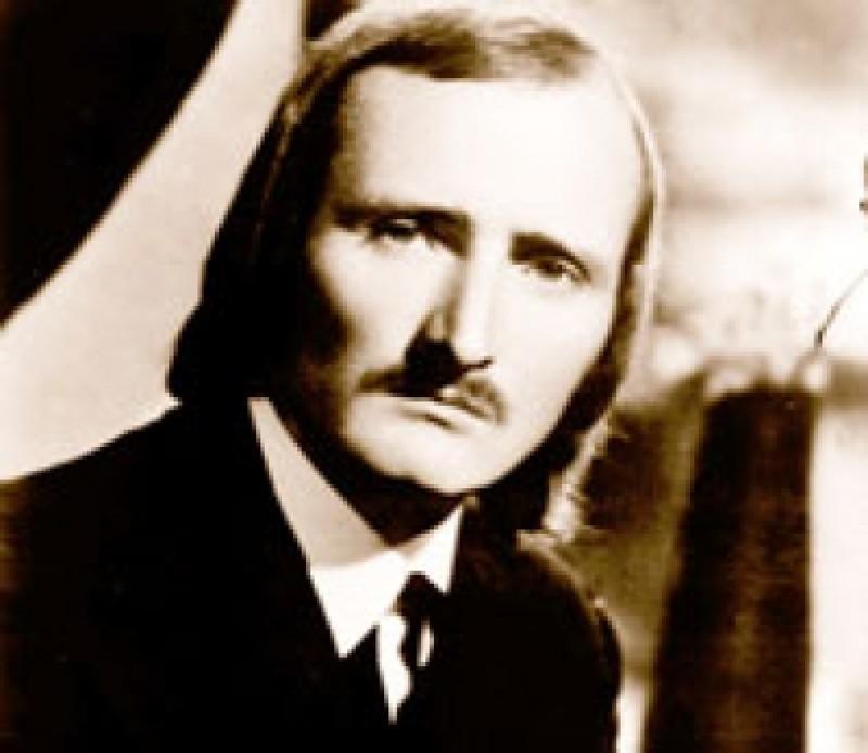 """Memoria zilei: 78 de ani de la nașterea lui Mihai Ursachi - """"Acesta e autorul: el duce pe umăr un crin ca pe-o puşcă"""""""
