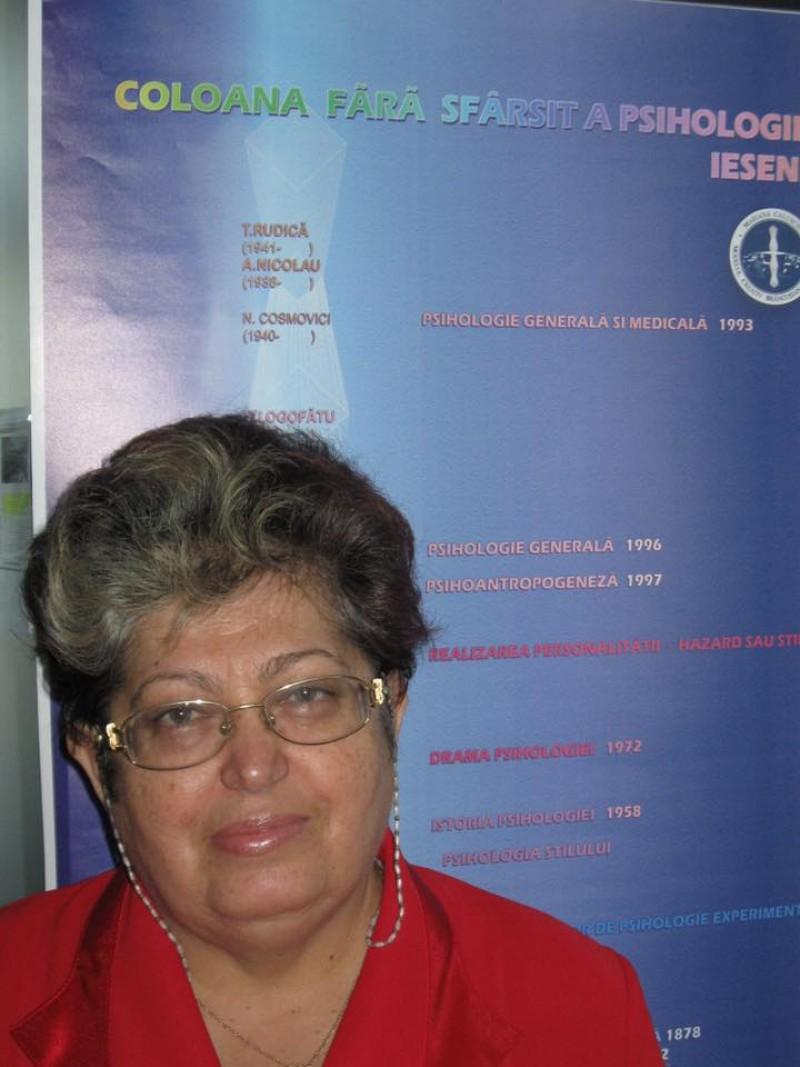 """Memoria zilei: Maria Caluschi, cea care a inițiat conceptul de """"psiholog de familie"""", ar fi împlinit astăzi 71 de ani!"""