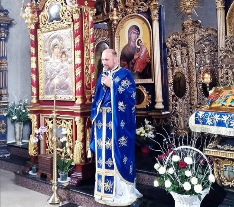 """Mesaj bizar transmis de către un preot din Botoșani: """"La biologie putem învăța că trupul este templu al Duhului Sfânt"""""""