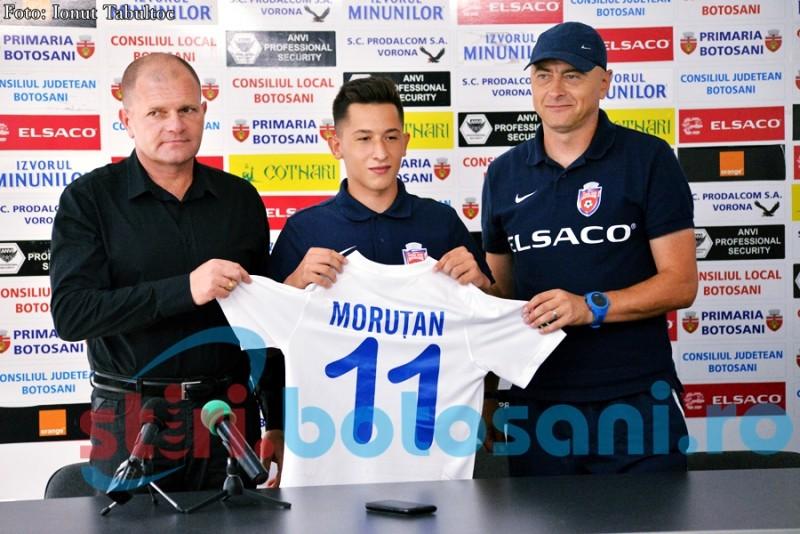 """Mesajul conducerii FC Botoșani pentru Moruțan: """"Când te gândești că apar avioane, mașini, bani și femei, poți avea o mare problemă"""""""