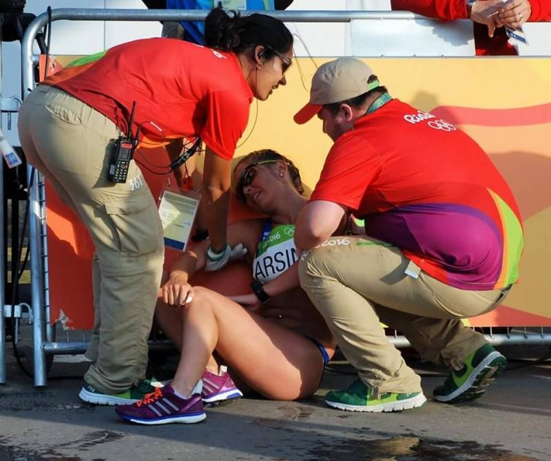 """Mesajul emoționant trimis de la Rio de Janeiro! Andreea Arsine: """"Mintea și sufletul meu puteau, însă corpul nu a mai vrut. Tendonul și genunchiul au făcut propria cursă"""""""