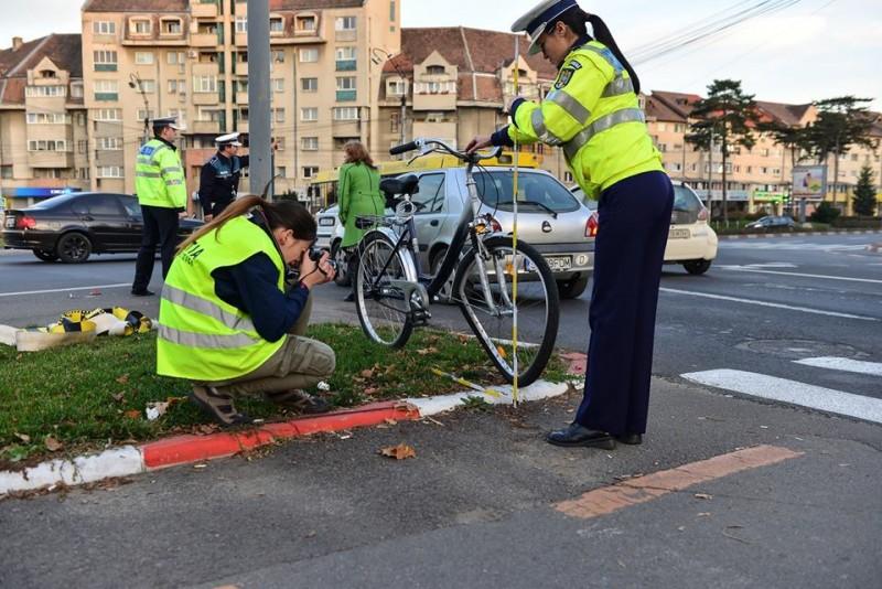 Mesajul polițiștilor pentru bicicliști: Trecerile de pietoni sunt pentru... pietoni!