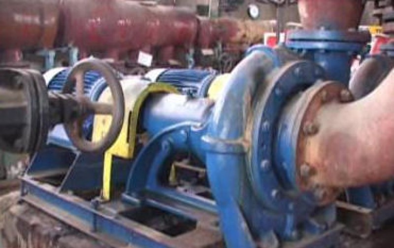 Meseriasii parasesc Apa Grup pentru firmele de constructii