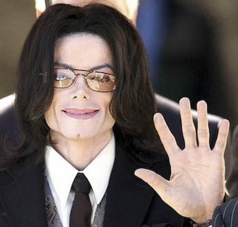 Michael Jackson a murit! - VIDEO