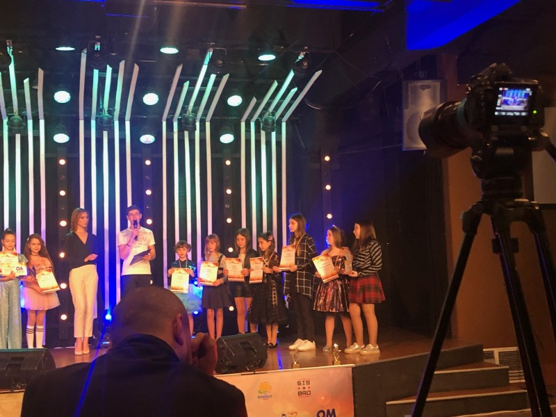 Micile artiste din Botoșani au fost THE BEST VOICE la Chișinău! FOTO