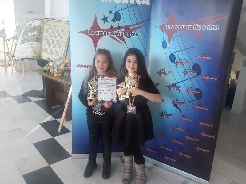 """Micile steluțe din Botoșani au strălucit la Festivalul Internațional de muzică """"Eu vreau să fiu o stea"""" - FOTO"""