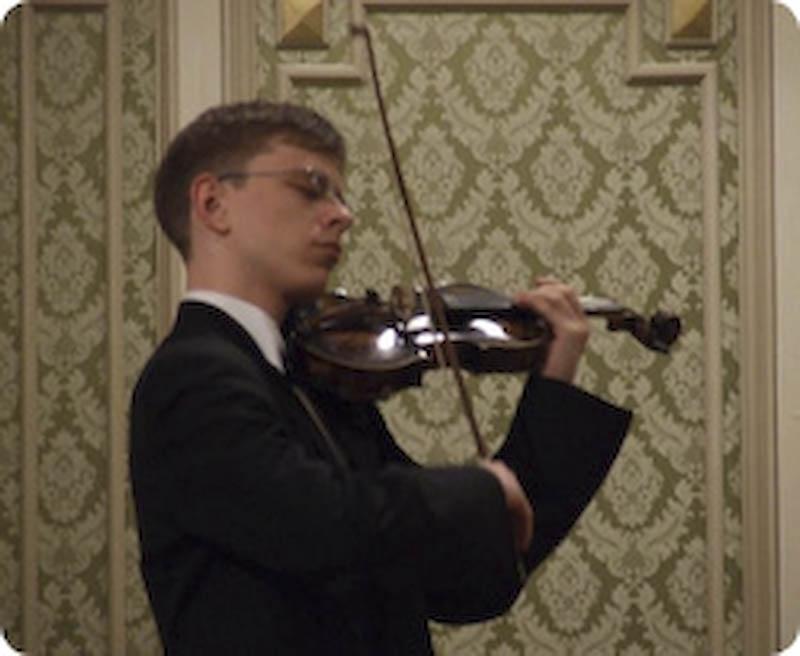 MIERCURI, 11 aprilie: Concert de Concerte pe scena Filarmonicii Botosani. Printre invitati, fiul actorului Mihai Malaimare!