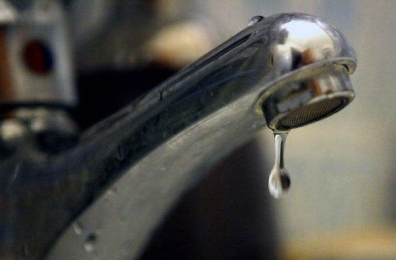 Miercuri se întrerupe furnizarea apei în municipiul Botoșani. Nova Apaserv: Nu poate fi estimată durata intervenţiei!